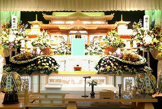 平群野菊の里斎場85祭壇